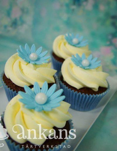 Cupcake med Blomma003
