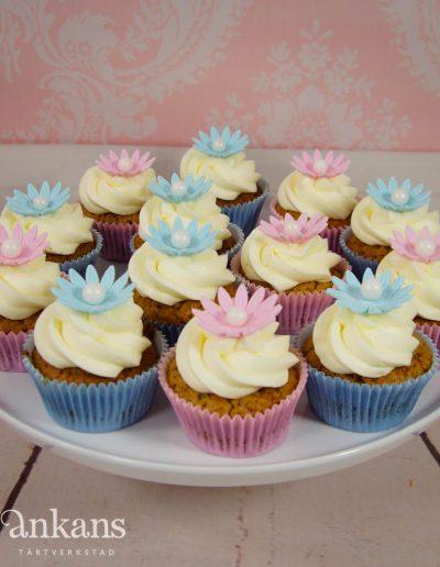 Cupcake med blomma003-2
