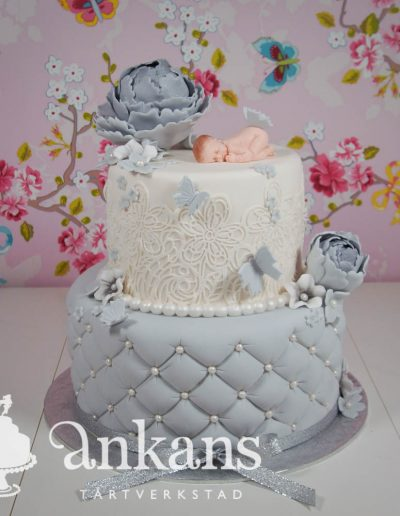Gendercake-gray-and-white