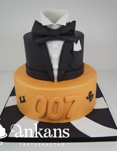 James-Bond-tarta