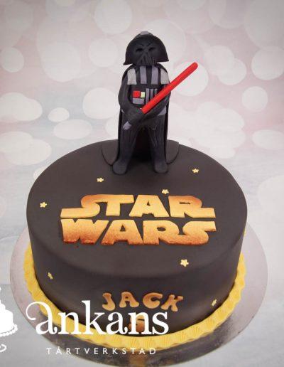 Star-wars-tarta-med-Darth-Vader